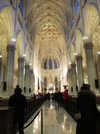 Inne i St. Patrick's Cathedral